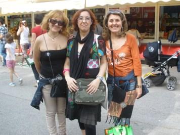 Marisa (centro) con Bela (izq) y yo.